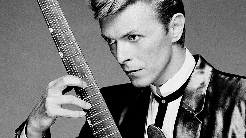 david-bowie-s-final-album-blackstar-was-a-parting-gift-to-his-fans-787530