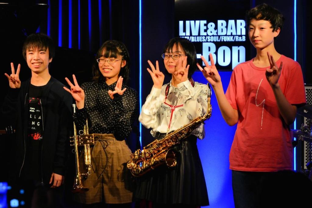 札幌の中学生バンドスナックタイム